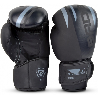 Перчатки для бокса Bad Boy Pro Series Advanced Boxing Gloves - Black/Grey